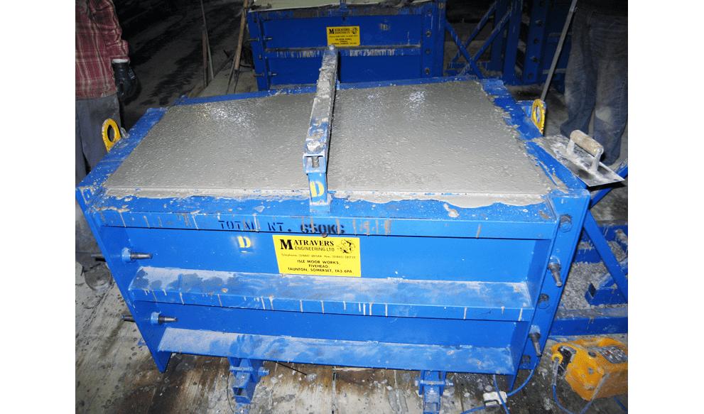 Instrumented concrete segment mould