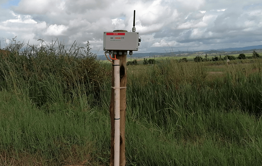 WI-SOS 480 five channel node mounted on post in Slovenia