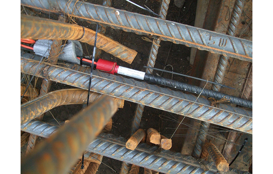 VWS-4000 Sister Bars installed in pile cage during Jakarta metro construction