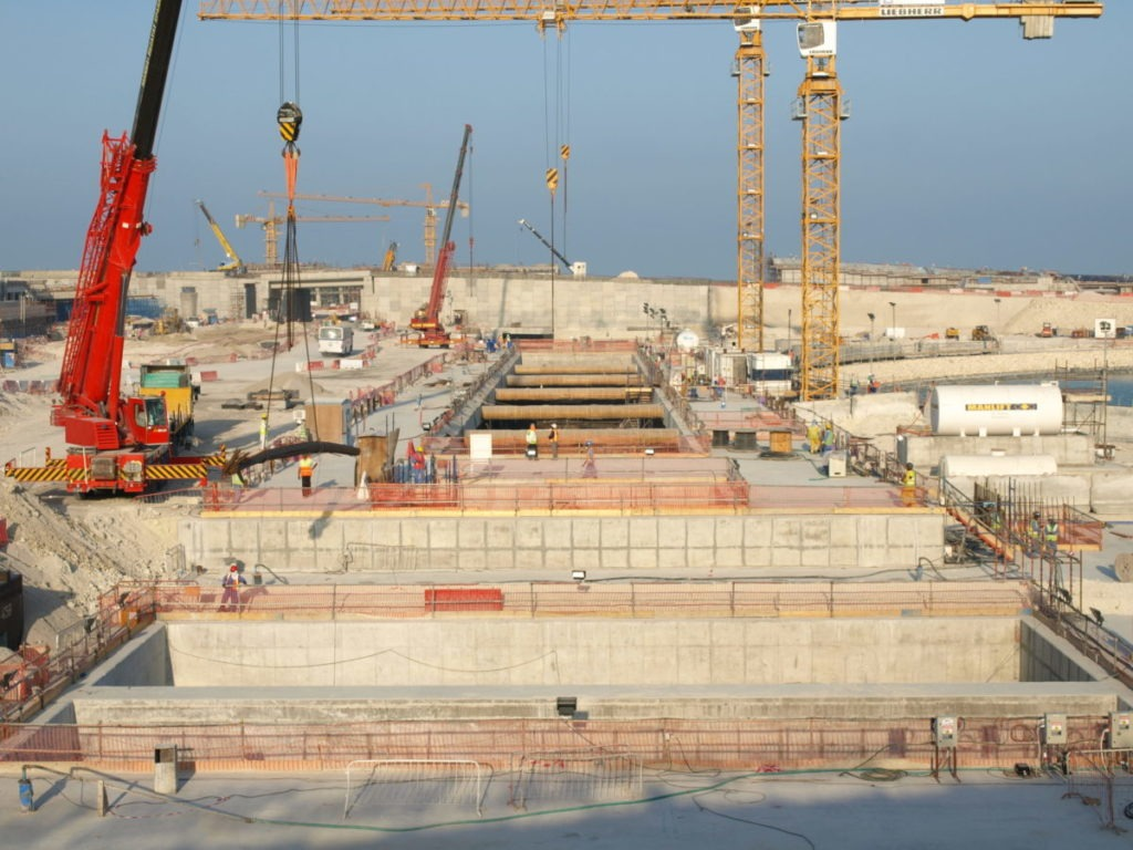 General site view of Qatar airport station construction