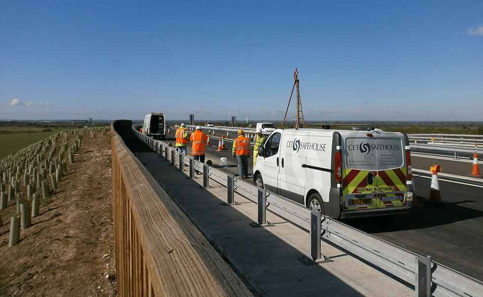 Drilling rig and Engineers on bridge deck