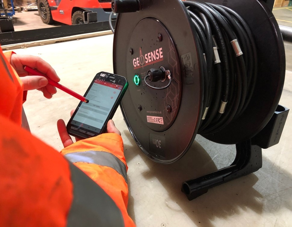 Taking Portable Inclinometer readings with Smart Android device