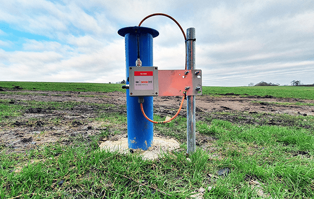 WI-SOS 480 single channel Node for VW piezometer and borehole cover in field